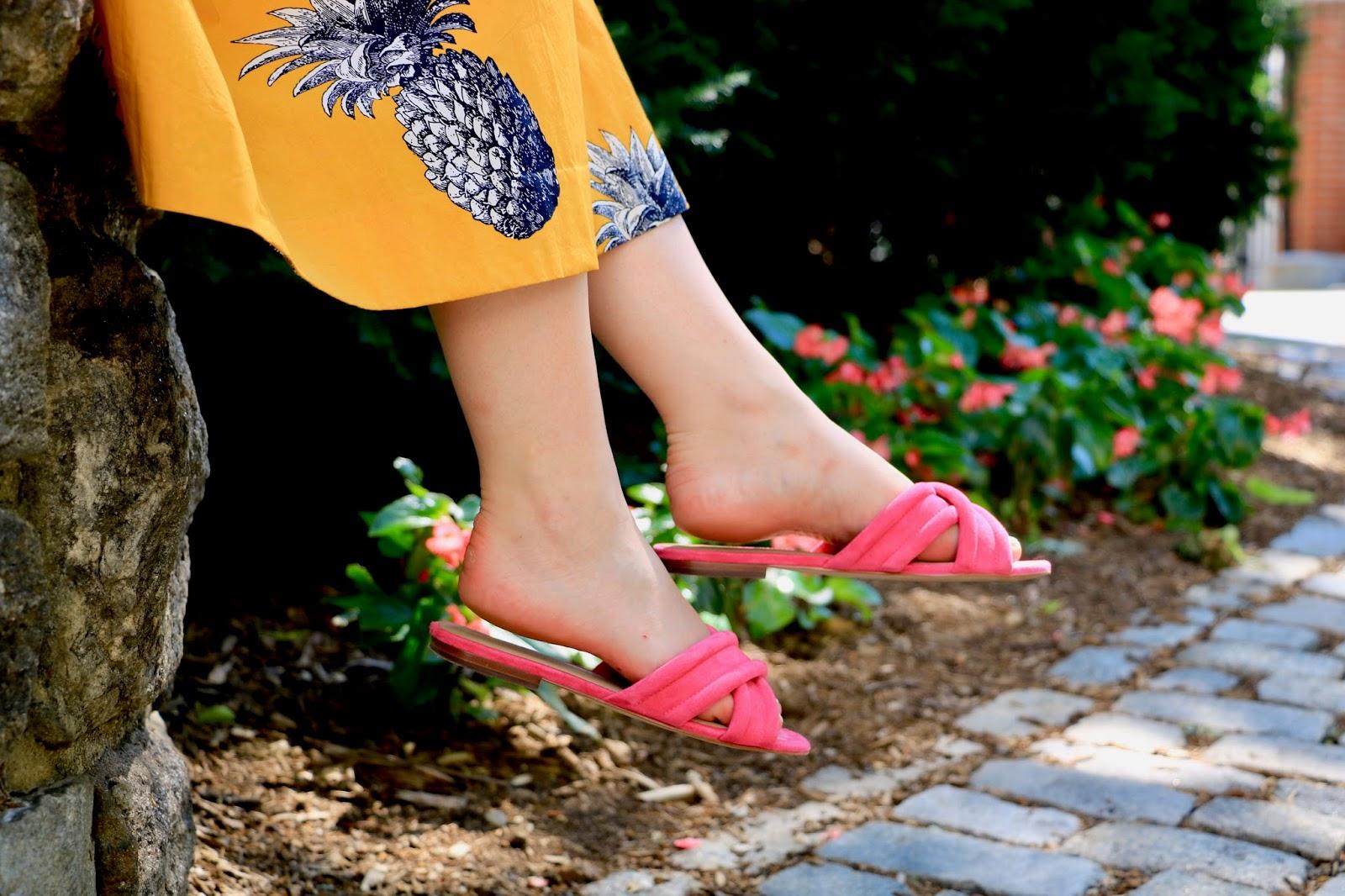 nyc fashion blogger Kathleen Harper wearing ann taylor pink slide sandals