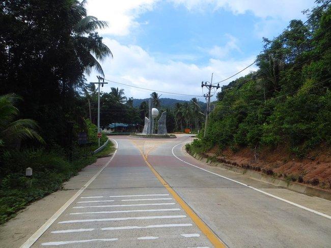 Монумент на острове Панган