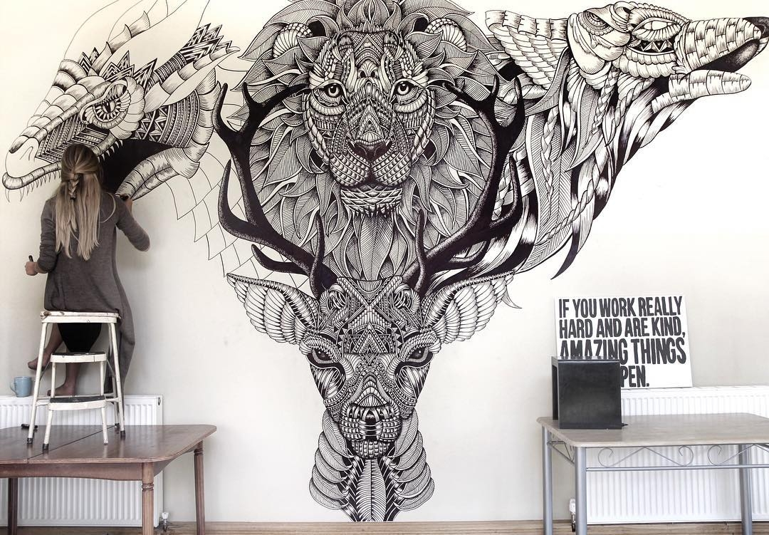 02-Game-of-Thrones-Mural-Faye-Halliday-Haathi-Detailed-Drawings-Representing-Complex-Animal-www-designstack-co