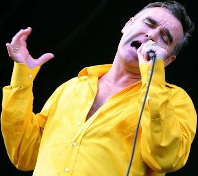 Foto de Morrissey cantando en concierto