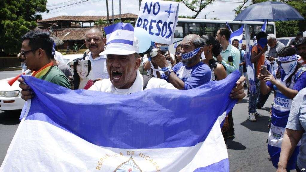 Nicaragua lleva cuatro meses de represión y violencia / AP