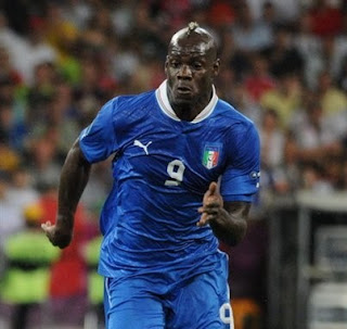 Mario Balotelli in action for Italy's national team