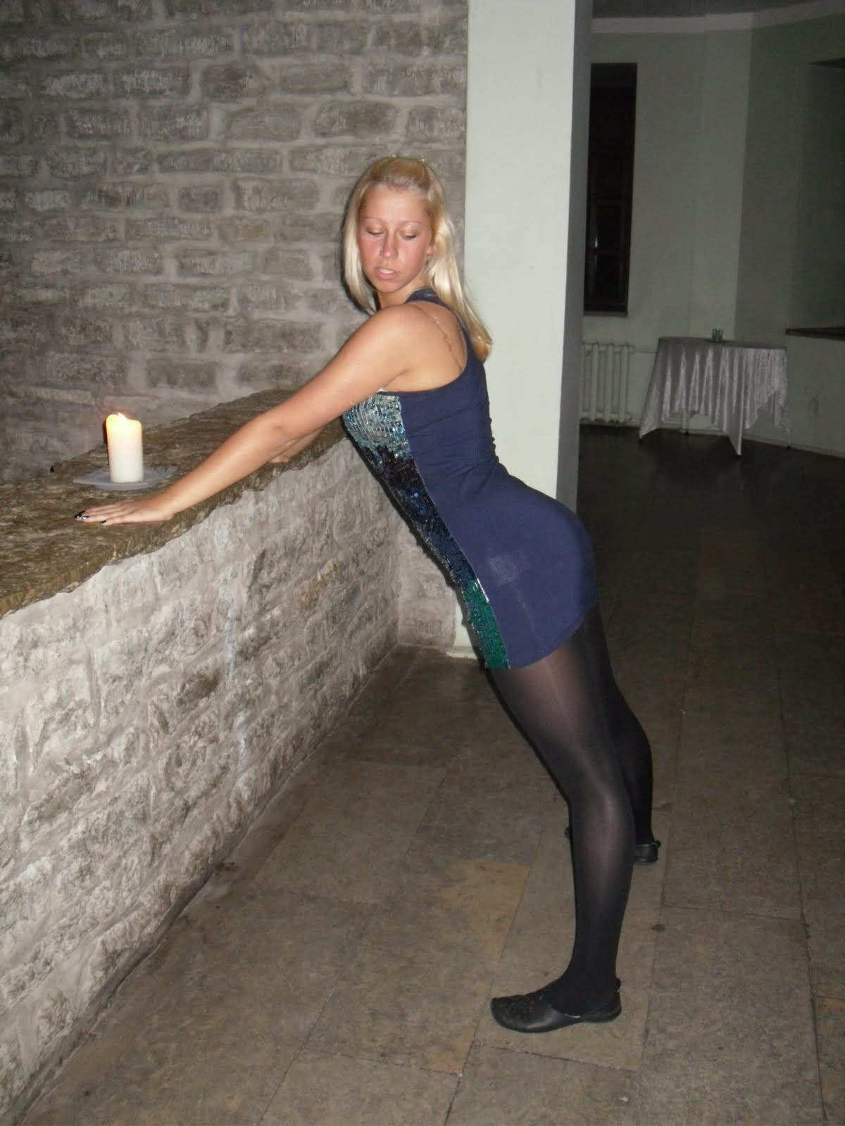 Pantyhose amateur girls in