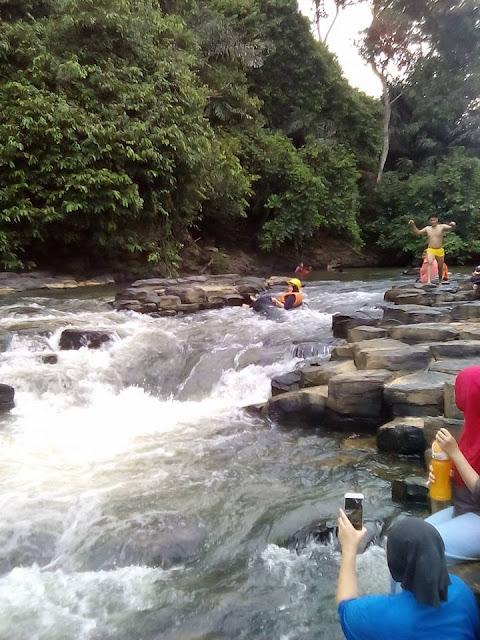 Batu Bersusun Balung Cocos, Tawau Tempat Menarik Di Sabah