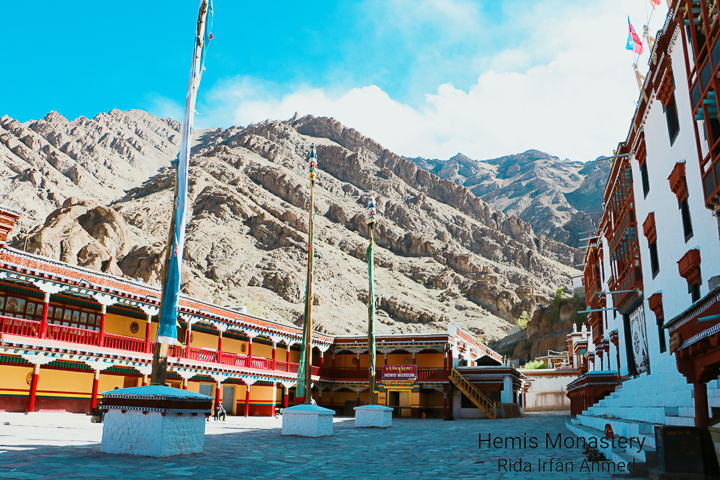 Then, we went to Hemis Monastery which is 40 km from Leh. This is one of the most charming Buddhist monasteries in Leh Ladakh, managed and run by the Drukpa sect of Buddhism. It boasts of a spectacular copper statue of Buddha and beautiful paintings, Stupas, depicting various aspects of Buddhist culture.