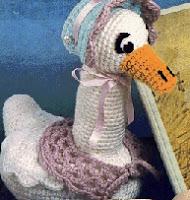 http://www.allcrafts.net/crochetsewingcrafts.htm?url=web.archive.org/web/20020402071758/http://members.aol.com/_ht_a/dorism3560/lgswan.html
