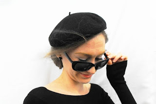 https://www.etsy.com/listing/271571642/1950s-beatnik-black-beret-french-fashion?ref=shop_home_active_6