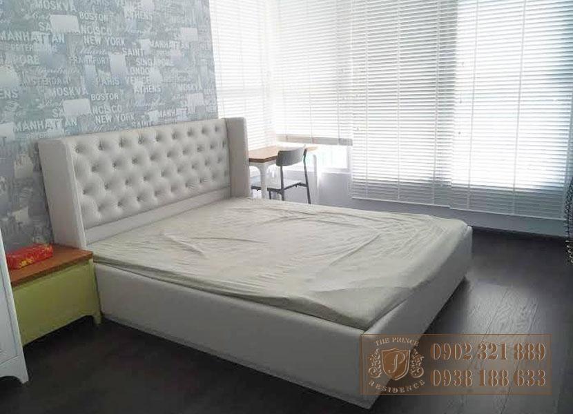 Căn hộ 3PN The Prince Residence - giường phòng ngủ 3