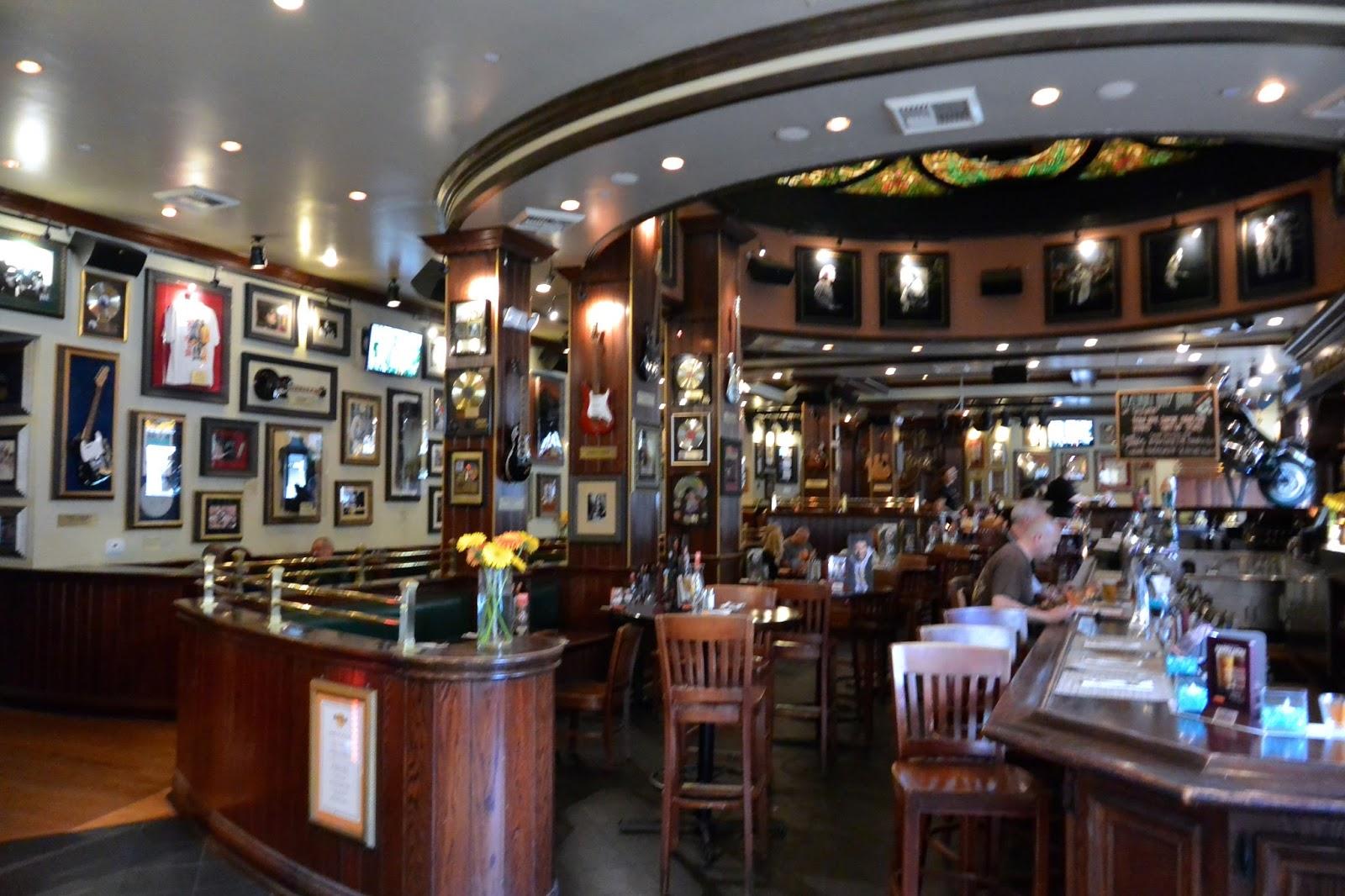 World Burger Tour at Hard Rock Cafe! - San Diego Dining Dish!