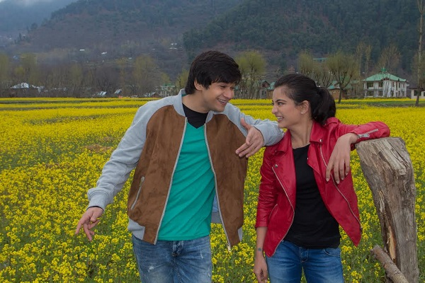 Vivaan Shah And Akshara Haasan Are Spreading Love On 'Valentine's Day'