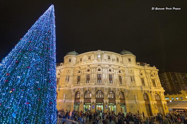 Arbol de Navidad, Plaza Arriaga - Bilbao por El Guisante Verde Project