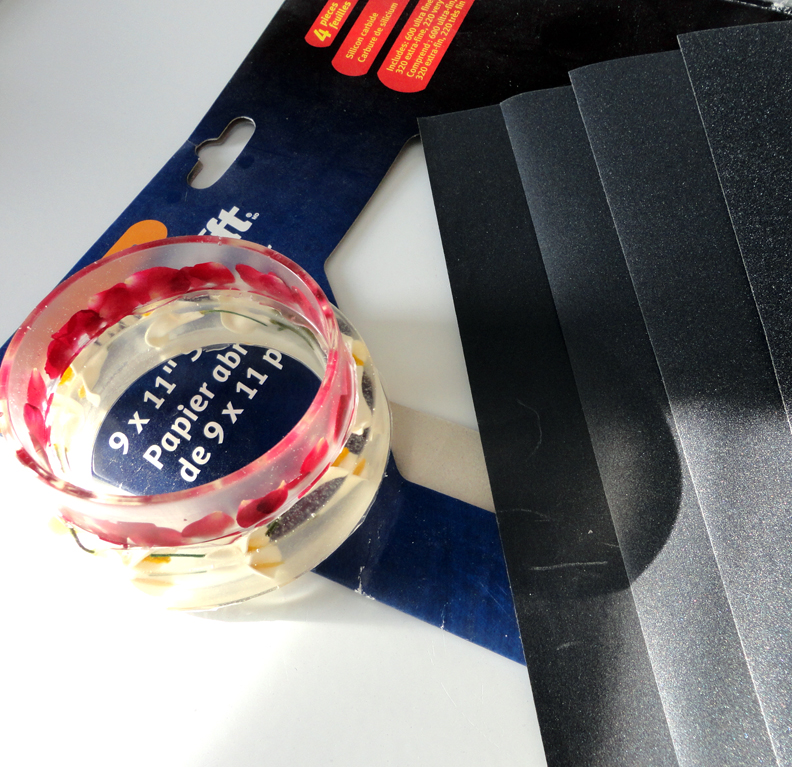 Resin Crafts: EasyCast in Bracelet Molds - Part TWO