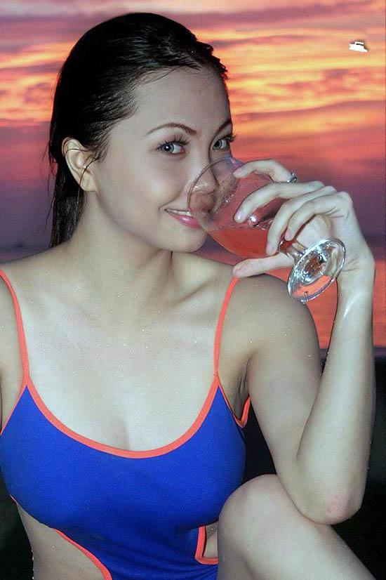 hot asian girls nude photos 06