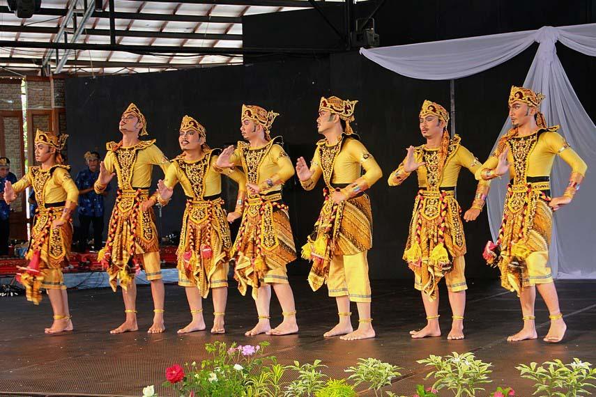 Tari Wangsa Suta, Tarian Tradisional Dari Sukabumi Jawa Barat