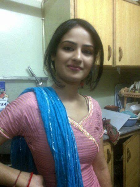 Desi punjabi village pendu kudi in cute spice look all - Punjabi desi pic ...