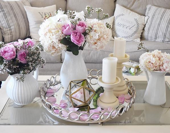 Pink Roses Coffee Table Decor