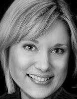 Author Vivi Holt