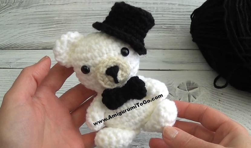 JUST MARRIED! 👰🏼💞🤵🏻 . . . . . . #amigurumi #crochet #handmade ... | 490x830