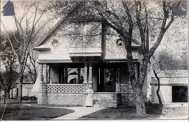 Testimonial home of A. L. Yearous Gordon-Van Tine No. 121 in Eagle Grove, Iowa