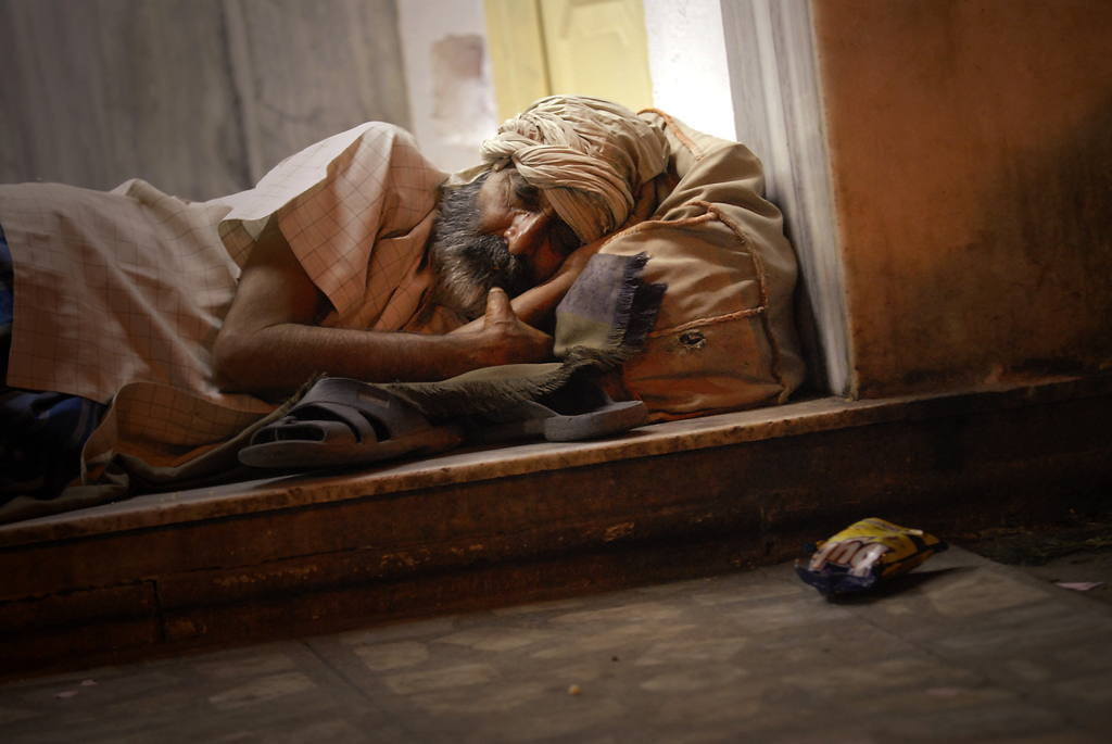 Photo of an Indian man during the nighttime in Jaipur, India.