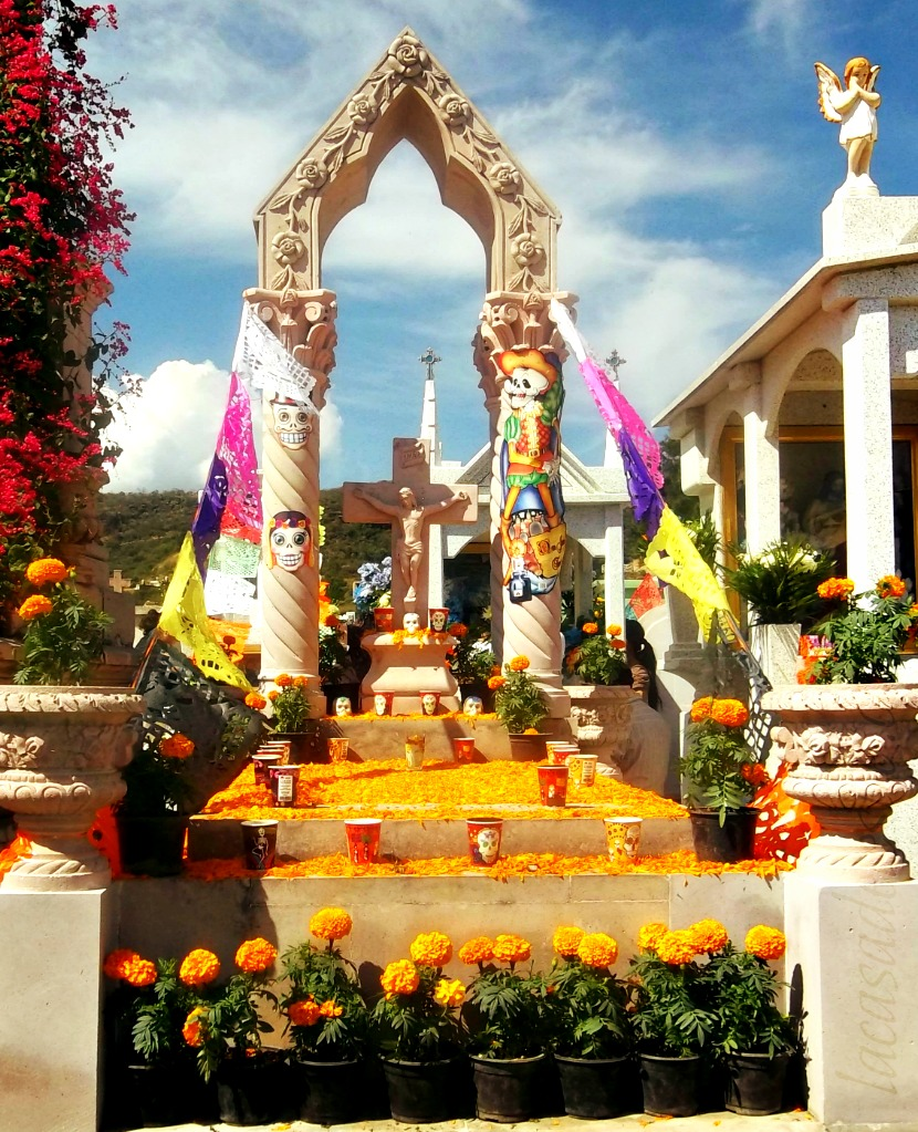 What I want on my Day of the Dead altar - lacasadeleslie.com