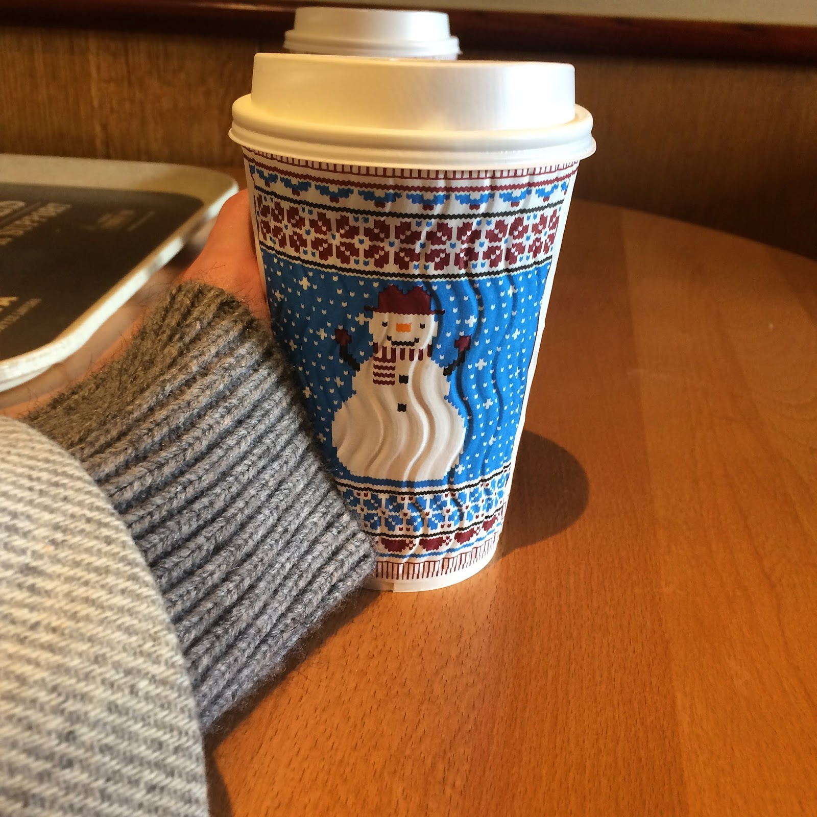 costa snowman cup