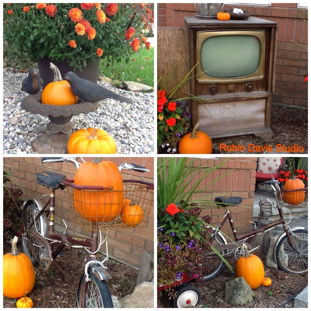 I use a mix of vintage items in our garden for Fall | Robin Davis Studio