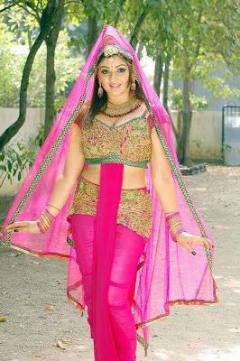 Aarthi Aggerwal In Pink