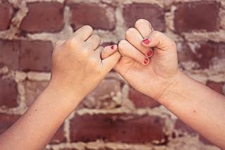 7 Tips ampuh pacaran jarak jauh biar awet dan langgeng
