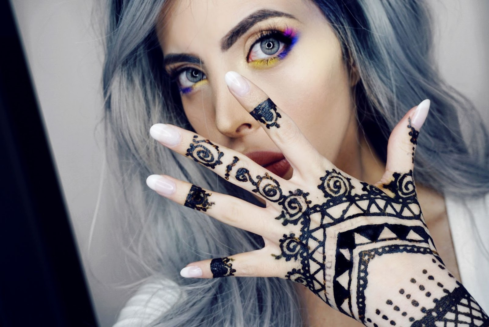 HOW TO CARE FOR A HENNA TATTOO AND MY EXPERIENCE WITH IT AT THE ANGEL BEAUTY PARLOUR