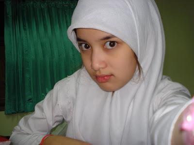 Rosia+berbie Daftar Artis Remaja ABG Indonesia Paling Cantik