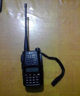 Persewaan Radio Dua Arah Frekuensi UHF, VHF Handy Talky HT Tori TH 300 Frekuensi UHF dan VHF Dual Band