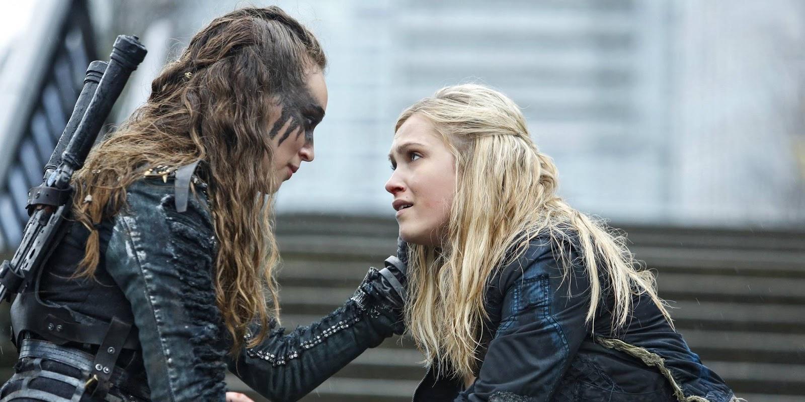Lexa y Clarke en una escena de The 100