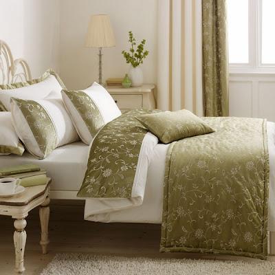 Modern Bedroom Furniture Design 2011 - Luxury Modern Bedding Design