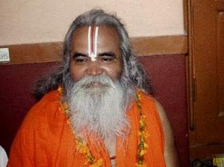 government-should-ban-ravishankars-entry-in-ayodhya-says-vedanti