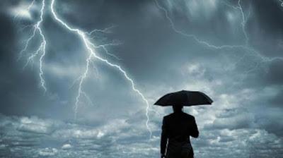 Dikala Badai Datang Dalam Rumah Tangga
