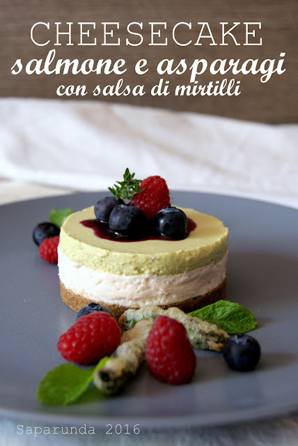 Cheesecake salata con asparagi e salmone