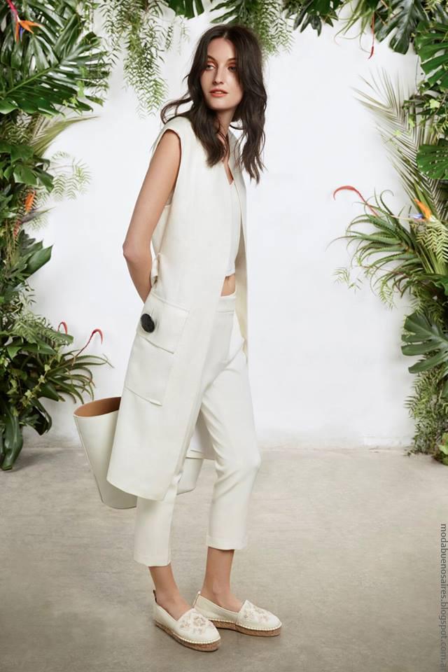 Chalecos primavera verano 2017 María Cher. Moda mujer verano 2017.