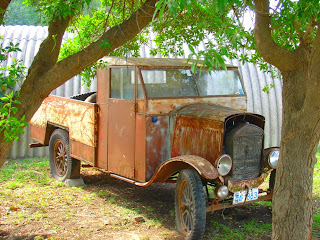 Carro Antigo no Caminho de Colonia Del Sacramento