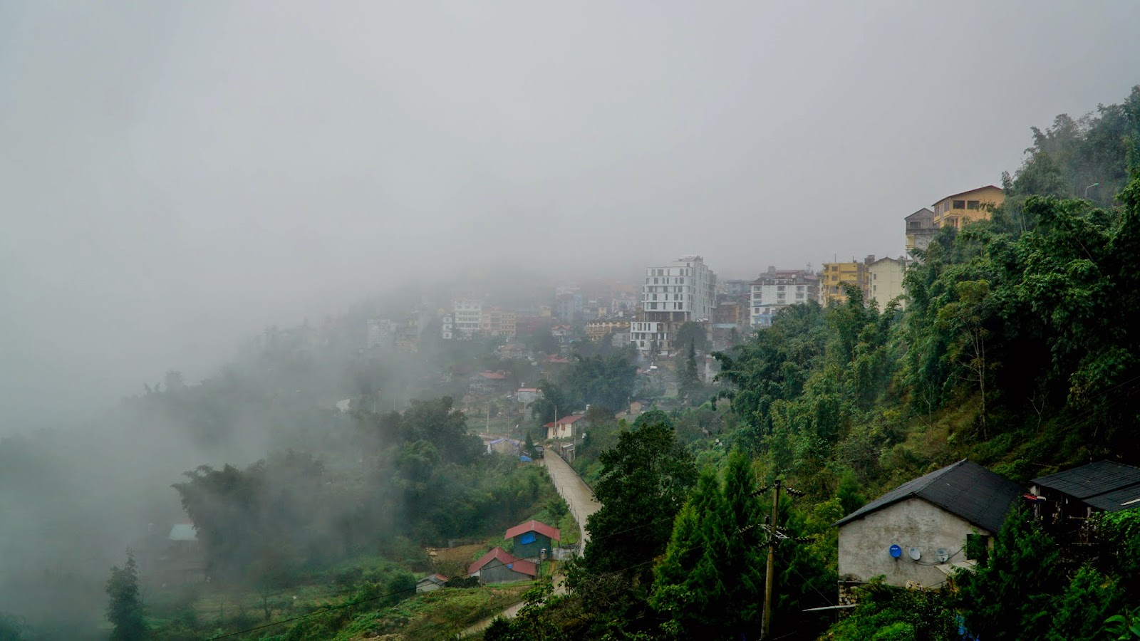 Sapa town enveloped in the mists
