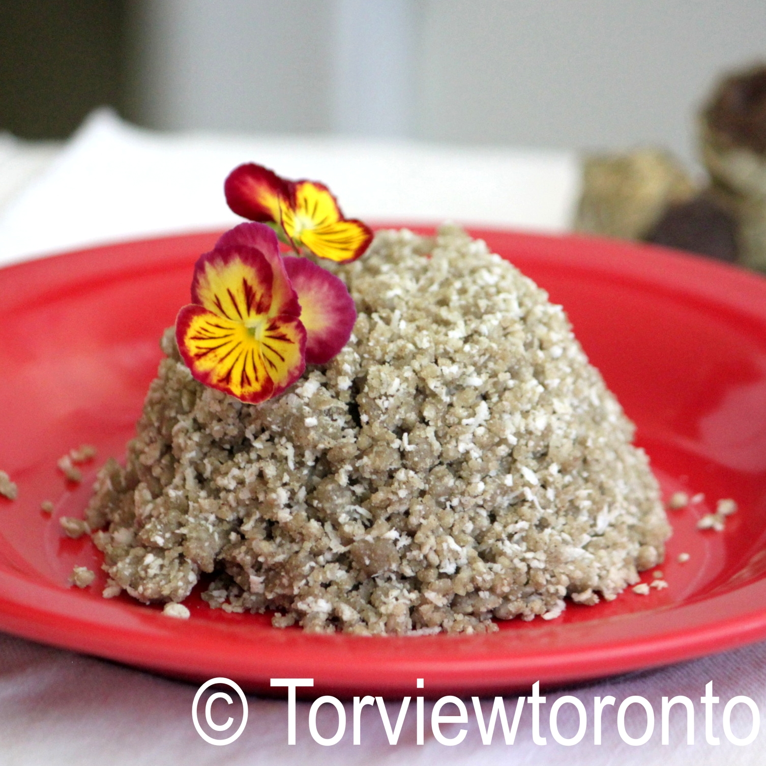 Millet flour steamed meal pittu