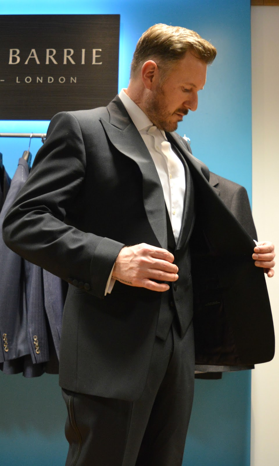 381bc9929b9f Getting a feel for my classic black three piece evening suit