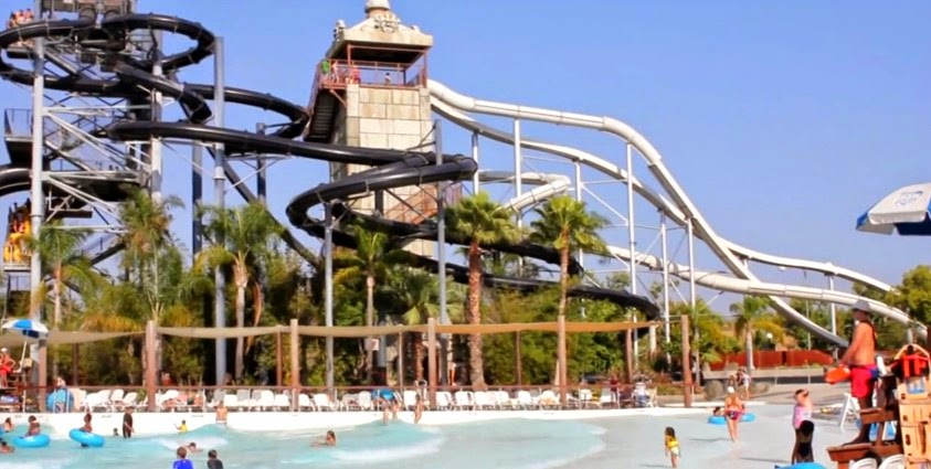 Hurricane Harbor Water Park 92
