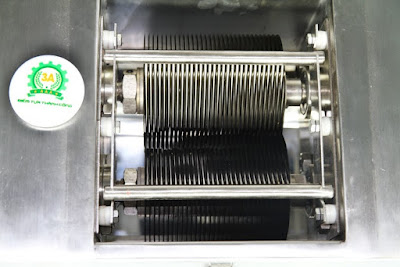 Máy thái thịt công nghiệp