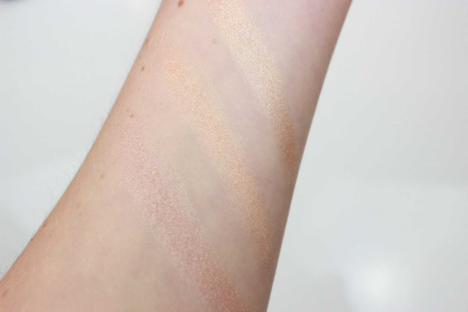 Mac Soft and Gentle, Becca Champagne Pop, Anastasia Beverly Hills So Hollywood swatches