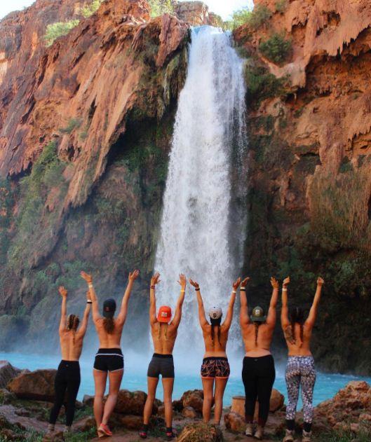 The topless tour, la nueva tendencia en las redes sociales