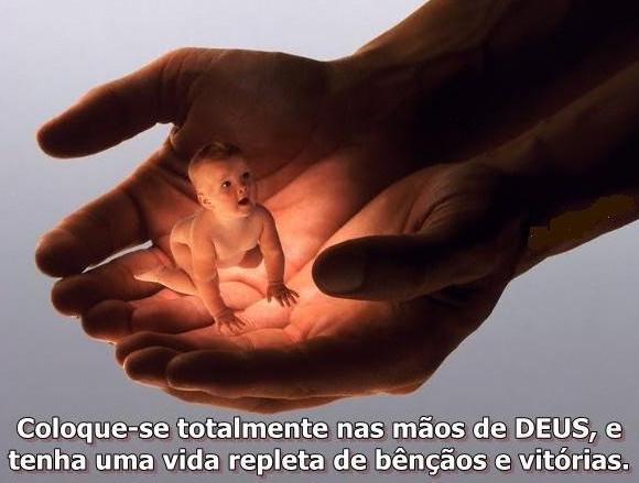 PÃO DIÁRIO  -  SERVIMOS A UM DEUS QUE PROTEGE!