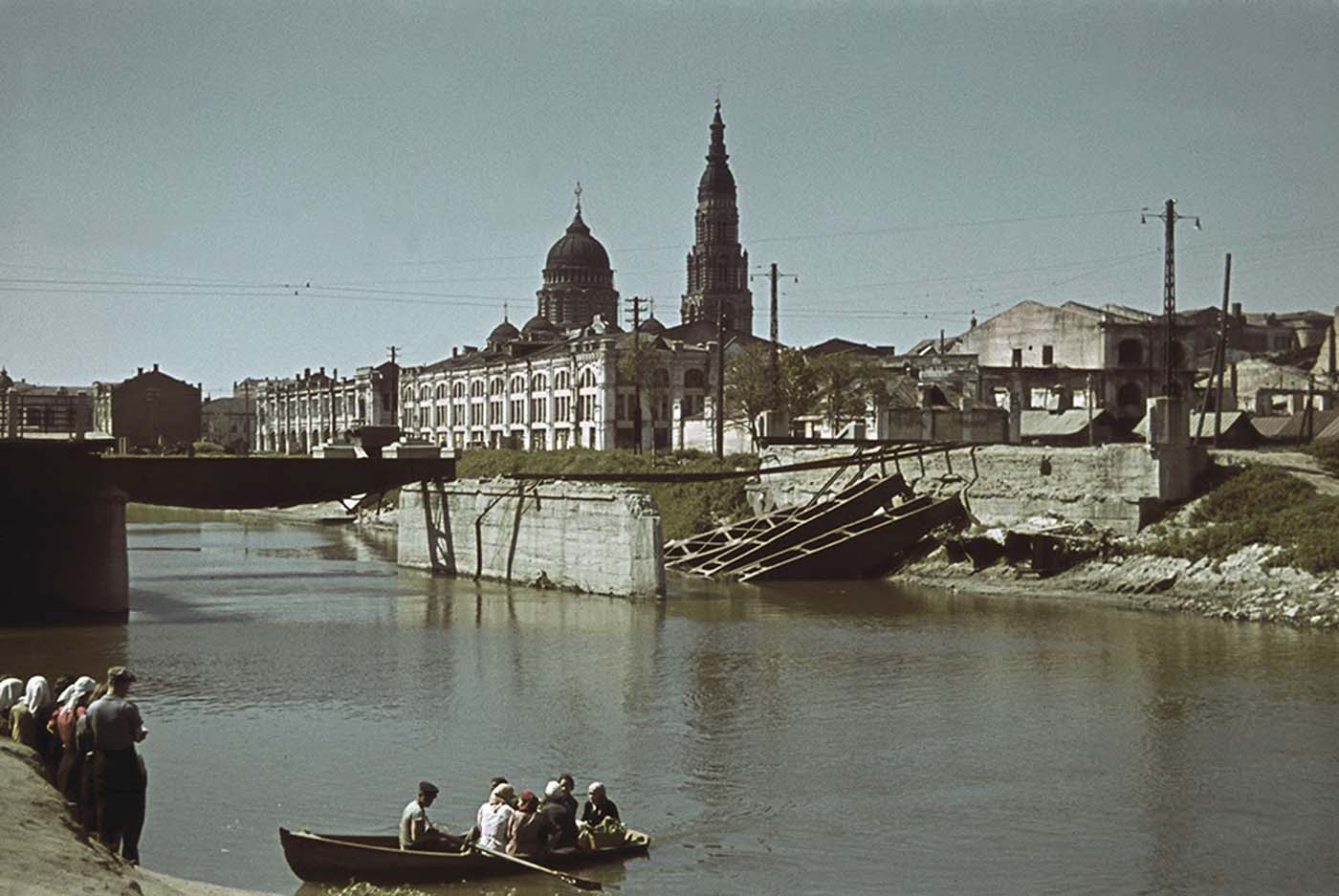 River crossing, Kharkov, Ukraine, Oct-Nov 1941; note Annunciation Cathedral in background.