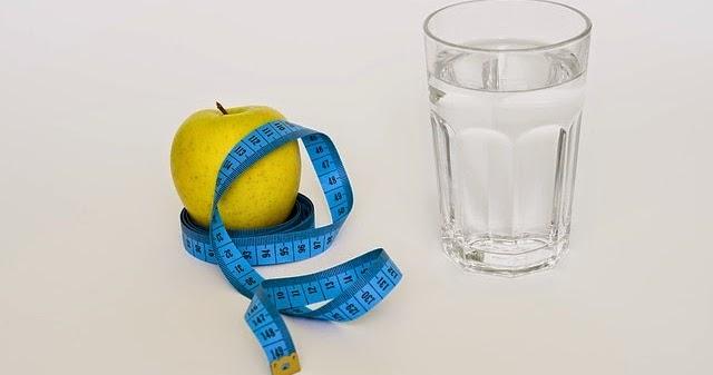 Bahayanya Diet Hanya Minum Air Putih Saja, Tanpa Makan