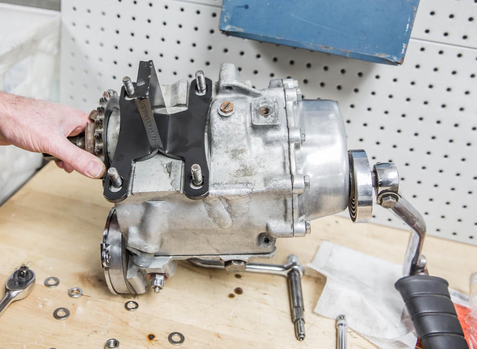 Harley Davidson Transmission: V-Twin News: Work Stand For Harley-Davidson Four Speed